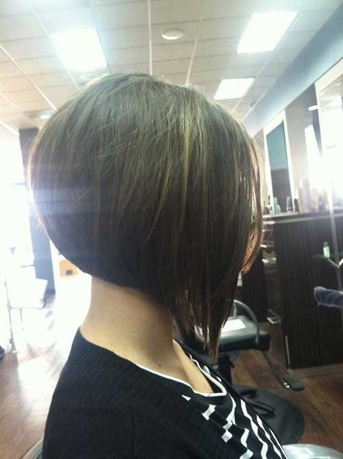 Inverted Short Bob Hair Style