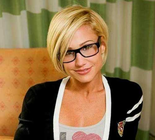 Best Short Blonde Bob Haircuts