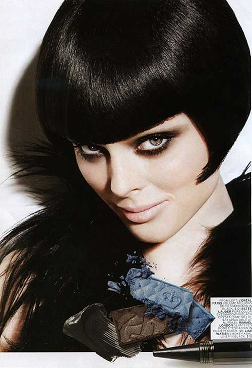 Vidal Sassoon Dark Bob Cut