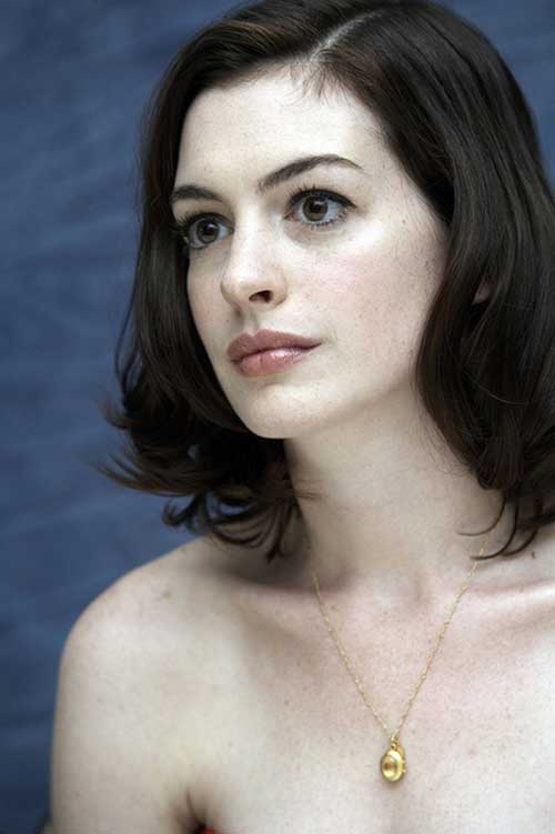 Anne Hathaway Long Bob Haircut