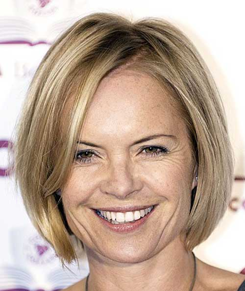 Blonde Fine Bob Hairstyles for Mature Women