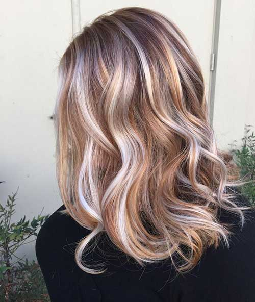 Highlighted Long Wavy Bob Hair Color Ideas
