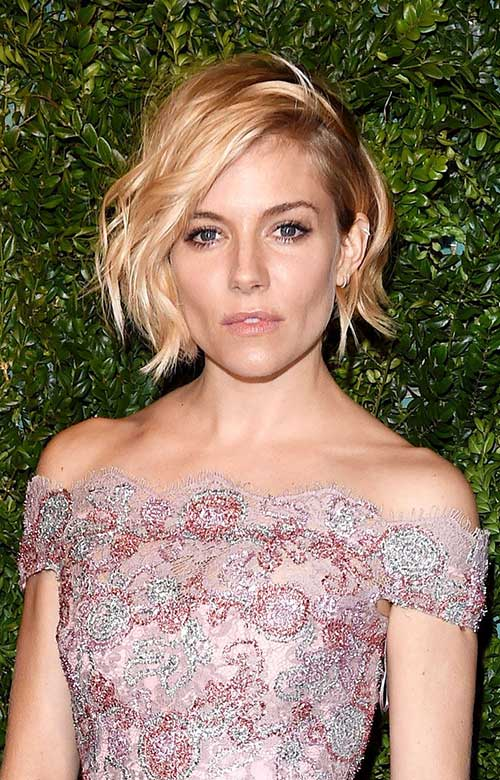 Blonde Messy Wavy Bob Hairstyles
