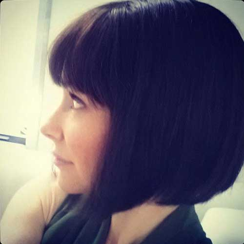 Latest Dark Blunt Bob Bangs