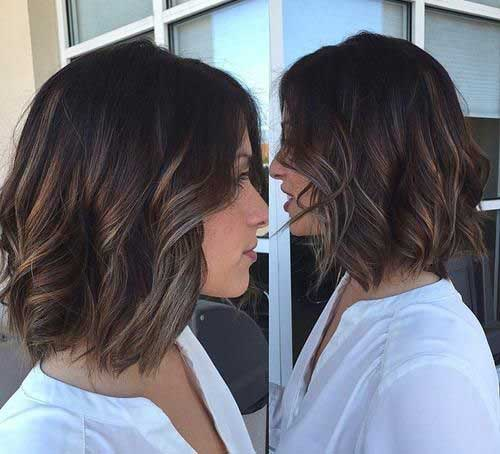 Soft Wavy Medium Bob Haircuts