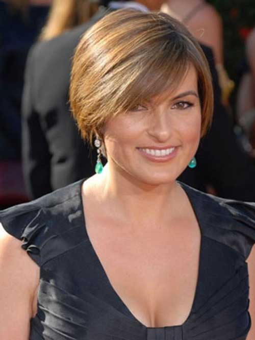 Short Bob Hairstyles for Round Faces Women Over 50