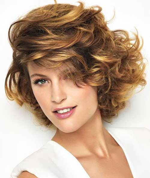 Best Wavy Shaggy Bob Hairstyle