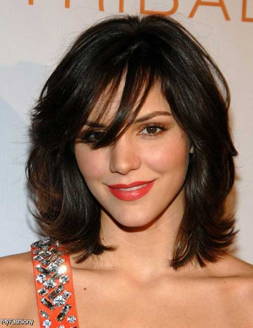 Medium Bob With Bangs-20