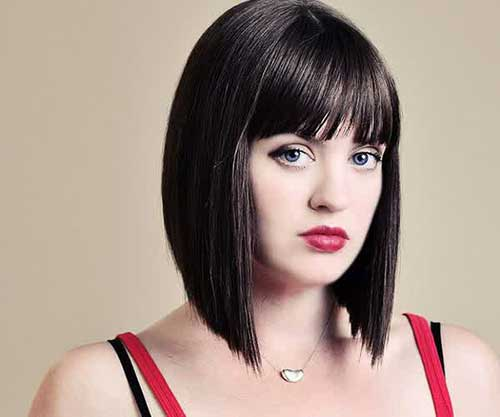 Angled Bobs With Bangs-10
