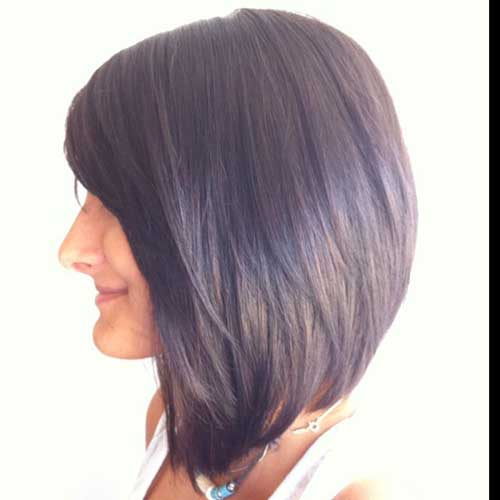 Angled Bobs With Bangs-11