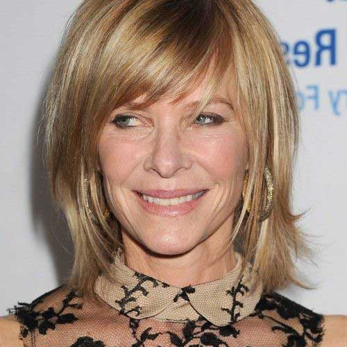 Bob Haircuts for Women Over 50-16