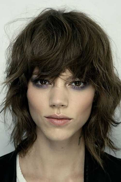 Short Layered Bob Haircuts-23