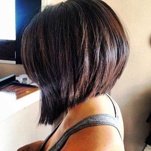 Angled Bobs With Bangs-9
