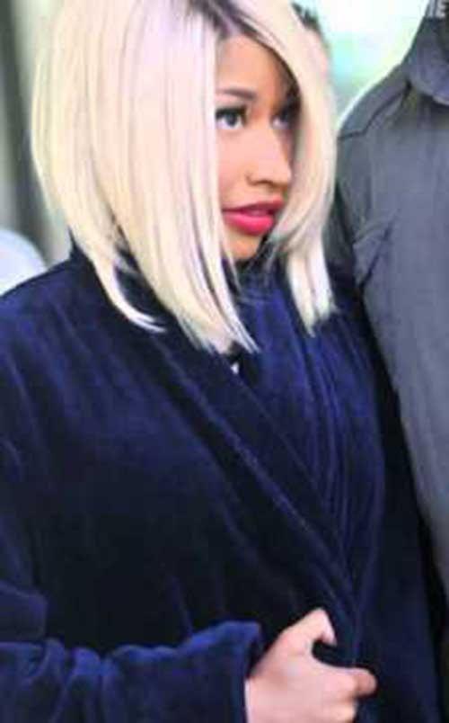 Nicki Minaj Blonde Bob-13