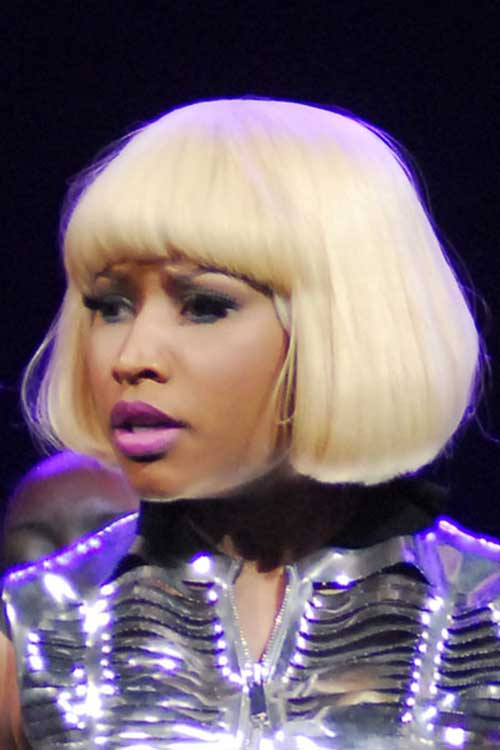 Nicki Minaj Blonde Bob-16