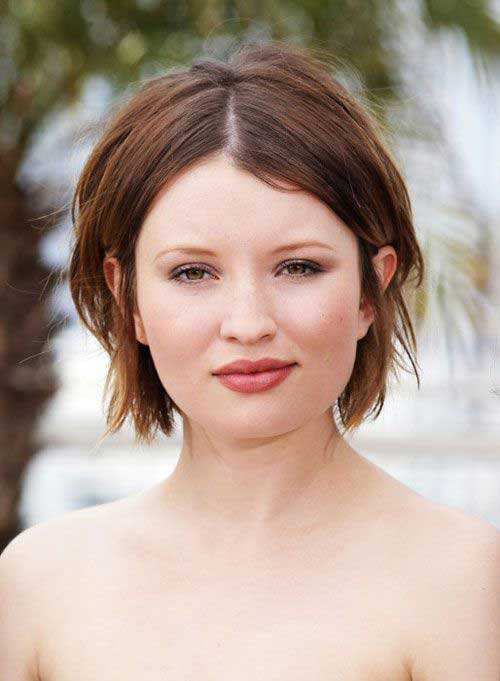 Short Bobs for Round Faces-7