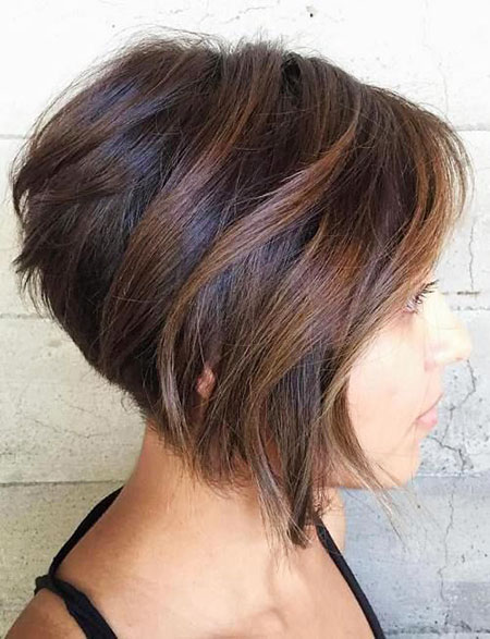 Bob Short Layered Inverted Stacked Soft Messy Highlights Easy