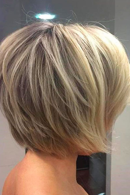 Bob Layered Short Blonde Summer Fun Balayage Trendy