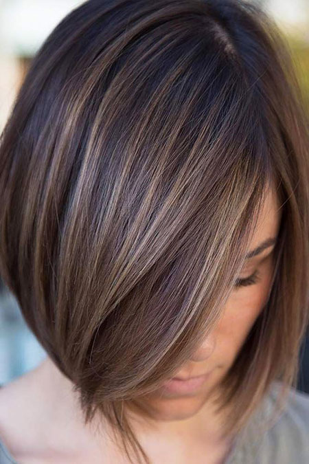 Layered Highlights Brown Bob Trendy Stacked