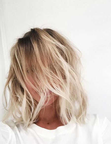 Bob Blonde Balayage Volume Texture Skin Messy Light