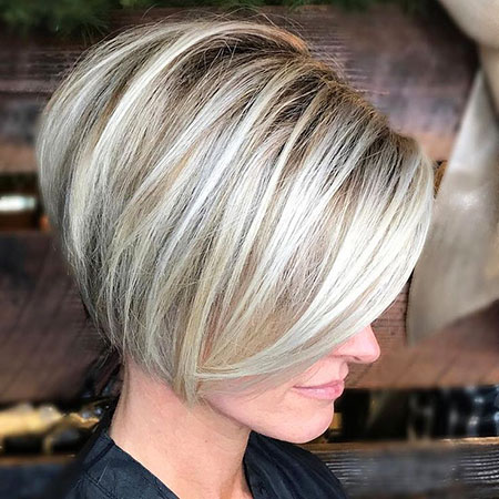 Blonde Bob Balayage Layered Fine Bobs