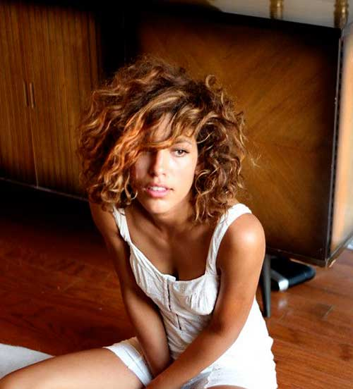 Naturally Curly Bob Hairstyles-8