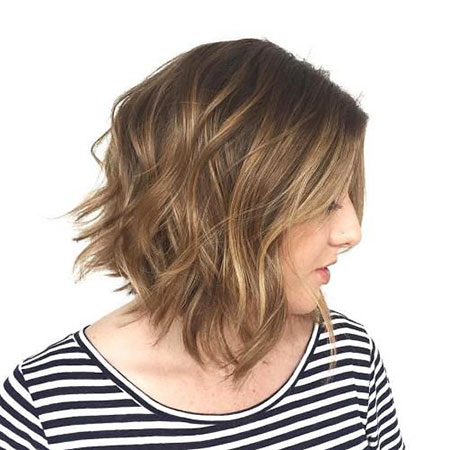 Bob Messy Medium Wavy Waves Very Trendy Tran Soft