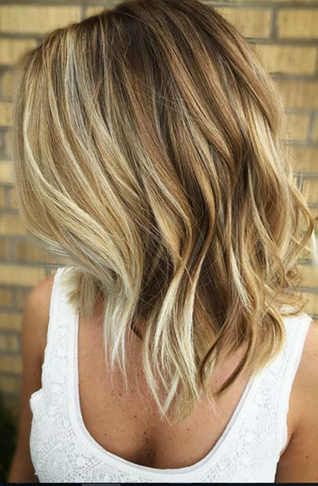 Bob Length Blonde Shoulder Medium