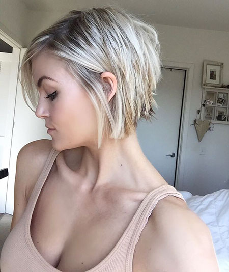 Short Pixie Blonde Frisyrer Edgy Choppy Bob