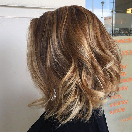 Highlights Wavy Layered Brown Bobs Balayage Bob Blonde