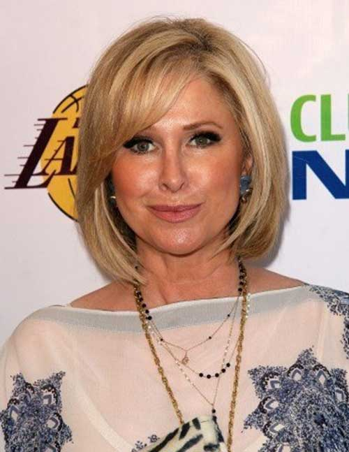 Bob Haircuts for Older Women-8