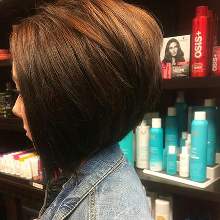 Bob Layered Inverted Hairtyle