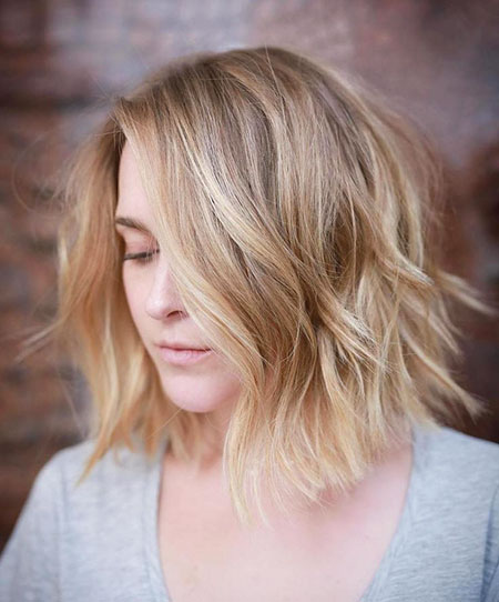 Bob Choppy Blonde Balayage