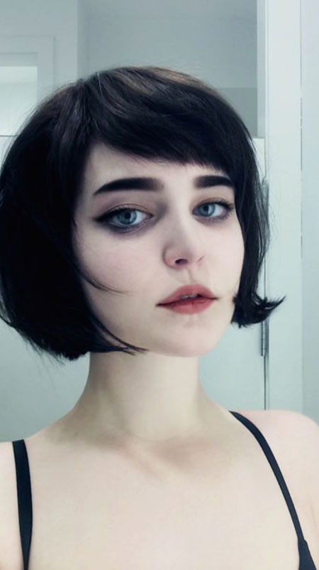 Short Hair Pixie Makeup