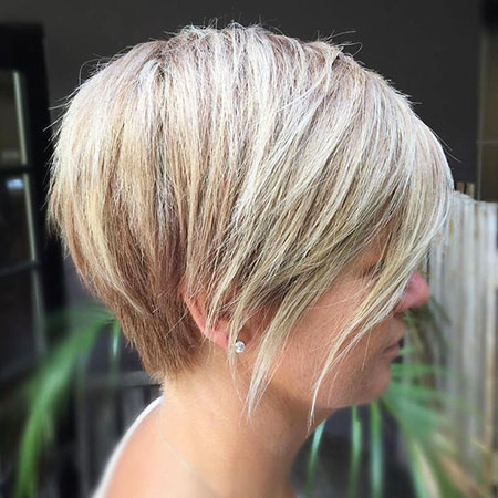 Bob Blonde Short Balayage