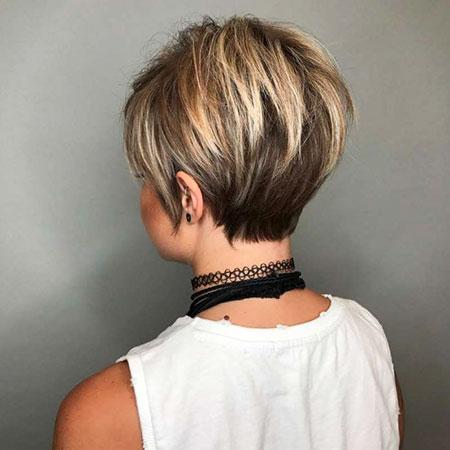 Short Pixie Hair Hairtyle