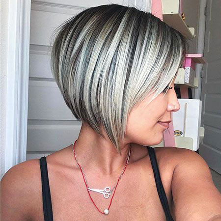Bob Blonde Short Layered