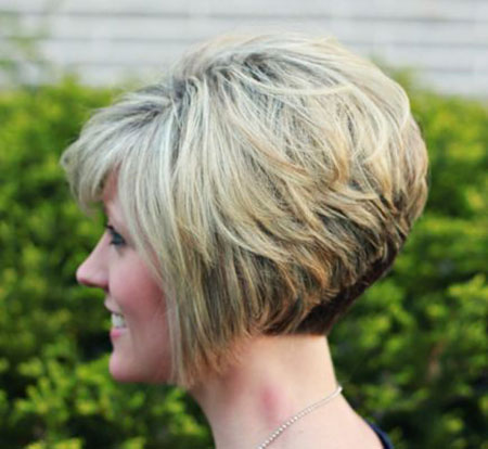 Pixie Bob Short Layered
