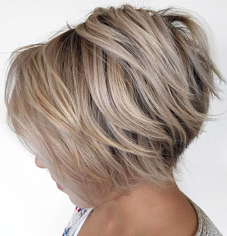 Blonde Bob Layered Short