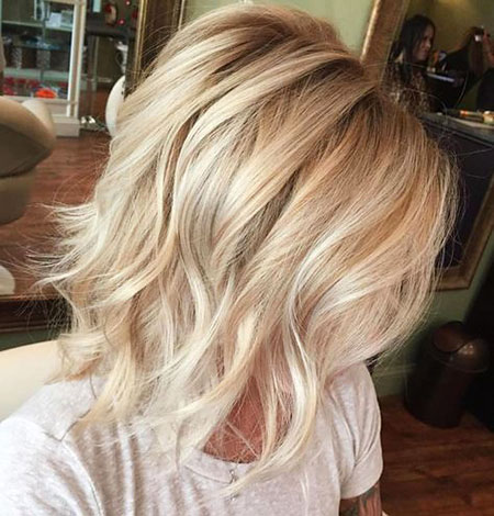 Blonde Hair Wavy Choppy