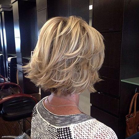 Bob Blonde Hairtyles Textured