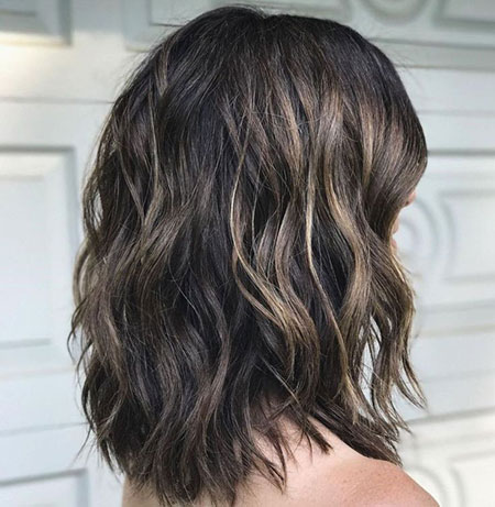 Wavy Length Layered Shoulder