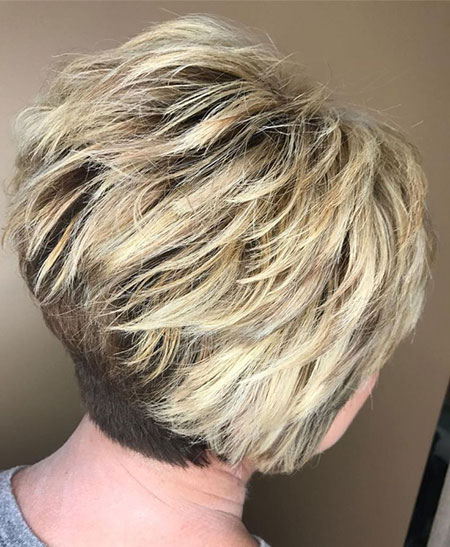Pixie Blonde Bob Short