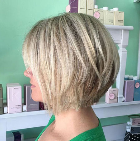 Bob Choppy Blonde Layers
