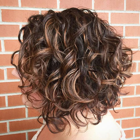 Curly Bob Highlights Bronde