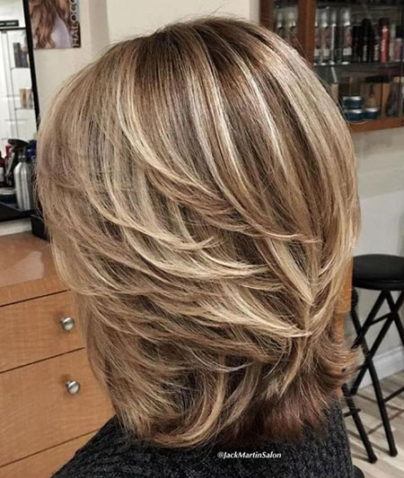 Hairtyles Layered Length Blonde