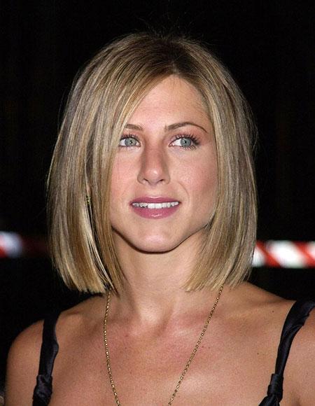 Jennifer Short Hair Bob