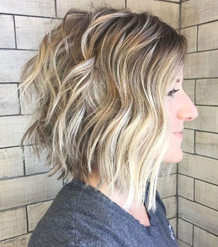 Blonde Bob Wavy Golden