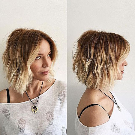 Bob Choppy Layered Undercut