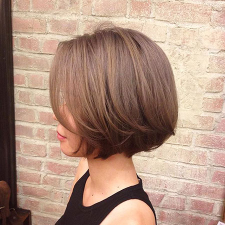 Jaw Length Bob Hair, Bob Length Layered Brown